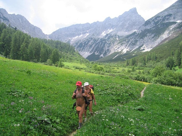 Picture of Nude Hikers in Austria by Richinud from Wiki Commons