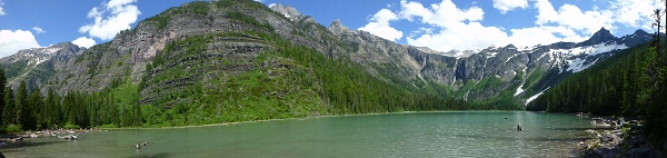 Panorama of Avalanche Lake