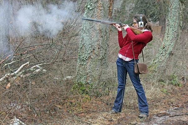 Eileen shooting muzzloader
