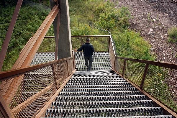 Stairs Kootenai Falls trail2