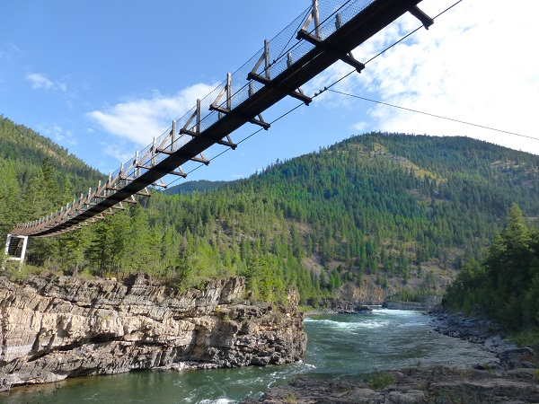 Swinging bridge Kootenai Falls2