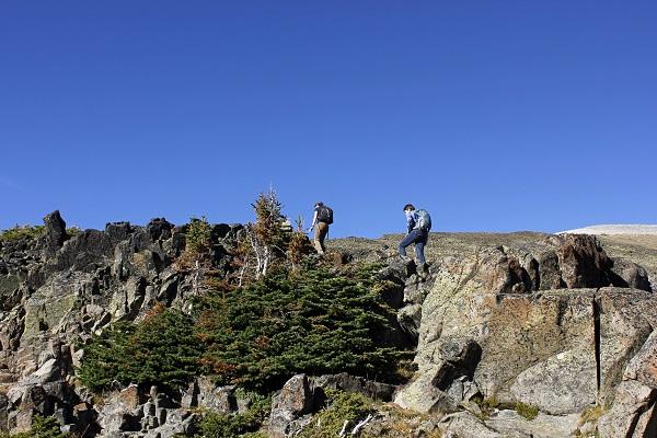 M.E.climbing rocks